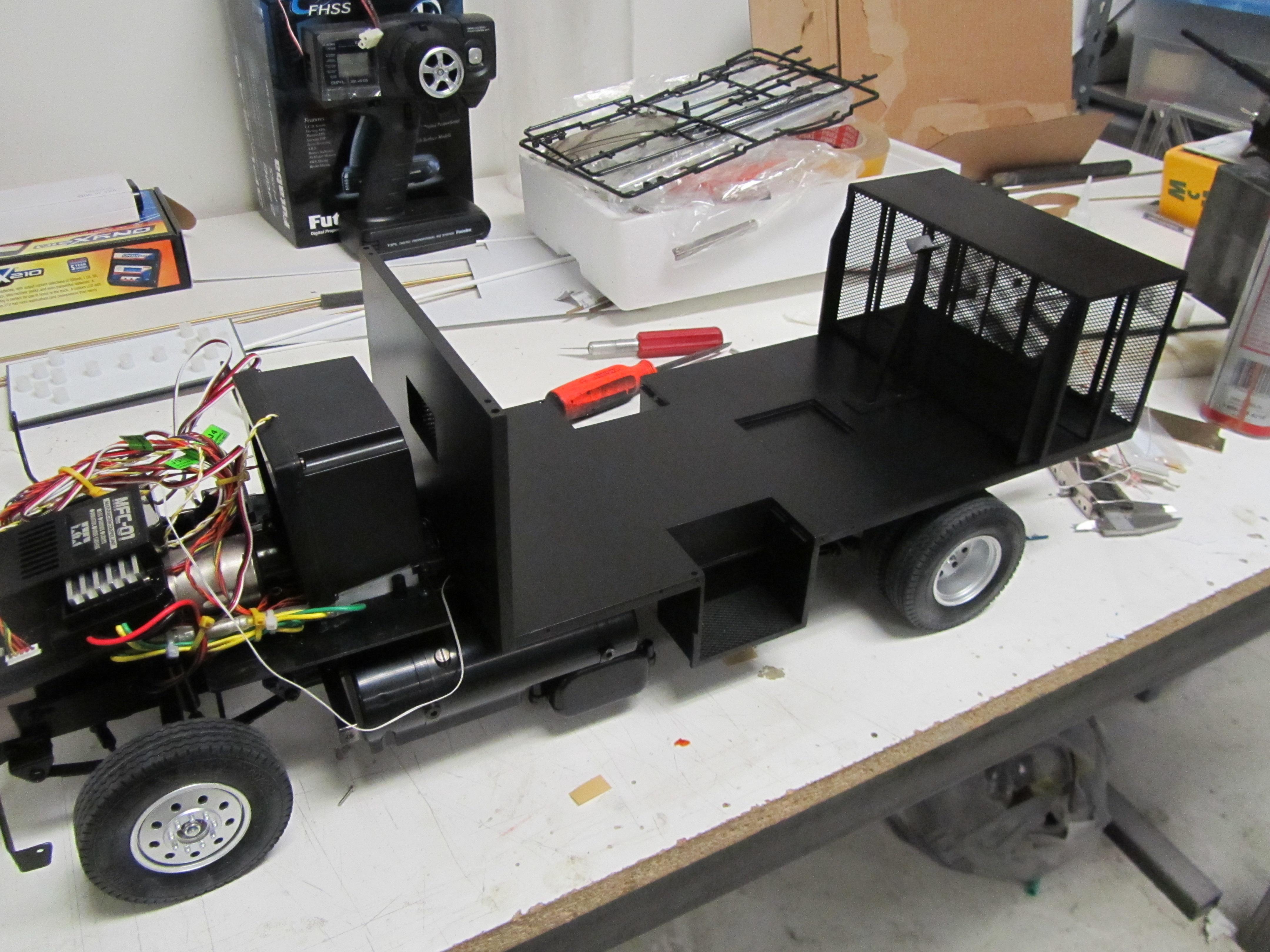 custom rc truck model fun build kiwimill news. Black Bedroom Furniture Sets. Home Design Ideas