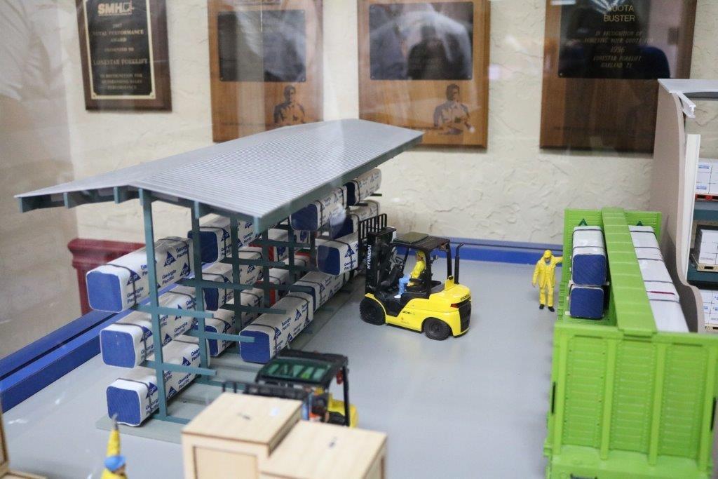 Forklift Diorama