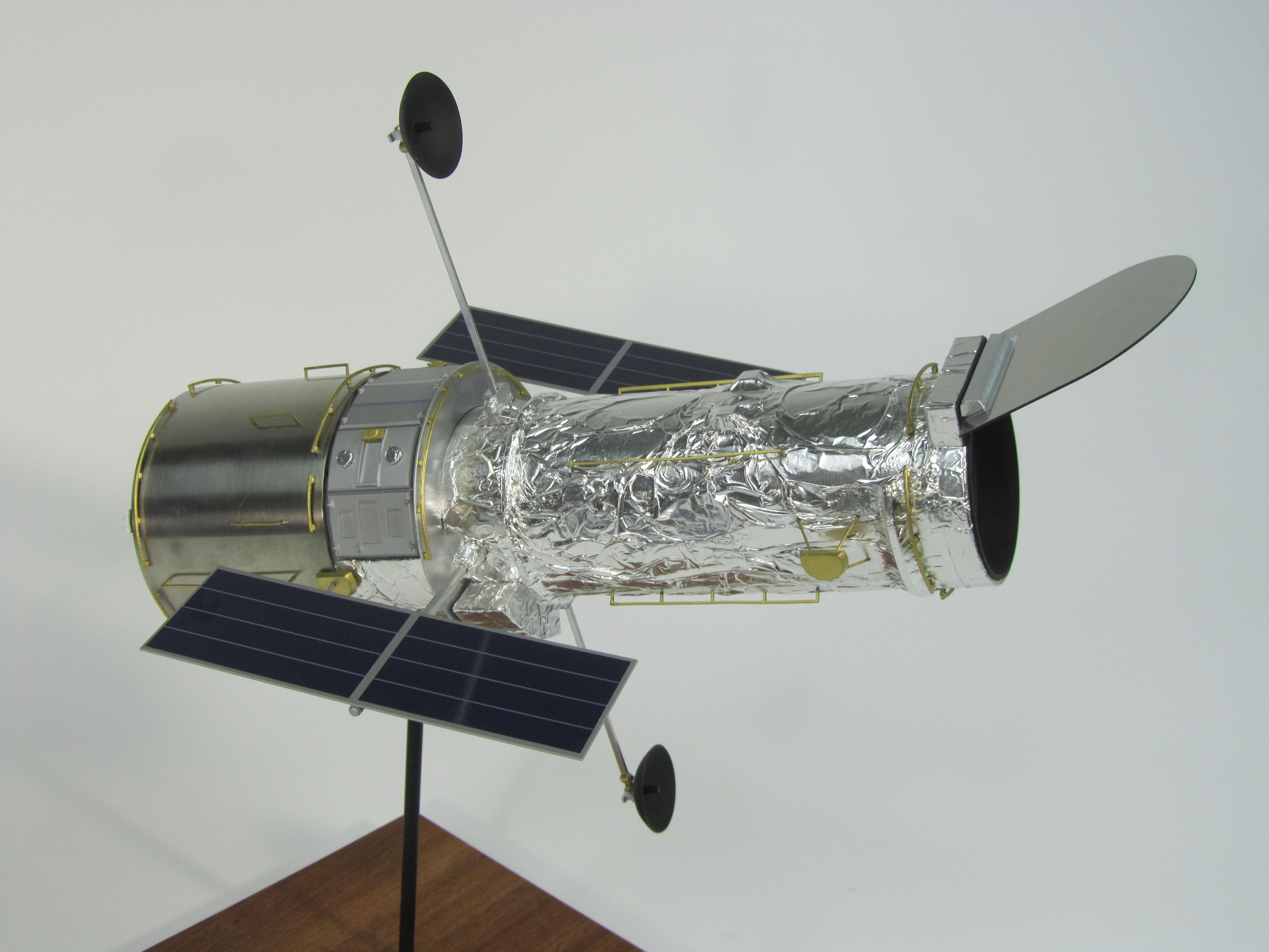 pennwalt model hubble space telescope - photo #43